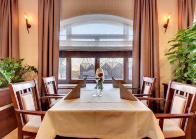 stół w restauracji, hotel Amber Gdańsk