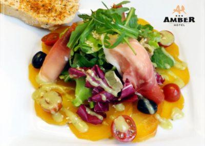 salatka z burakiem_amberhotelgdansk
